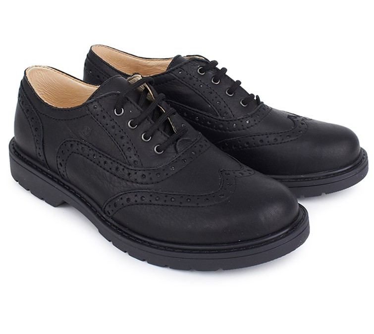 What You Should Keep In Mind When You Buy Oxford Shoes for a Child