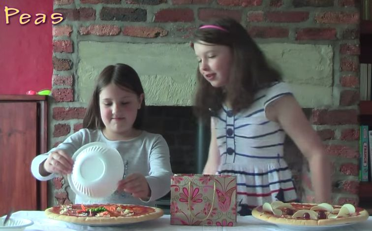 The Ava and Sophie Show Pizza Challenge